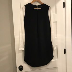 Women's black and white long sleeve shift dress